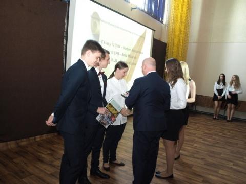 zakonczenie_maturzystow_81